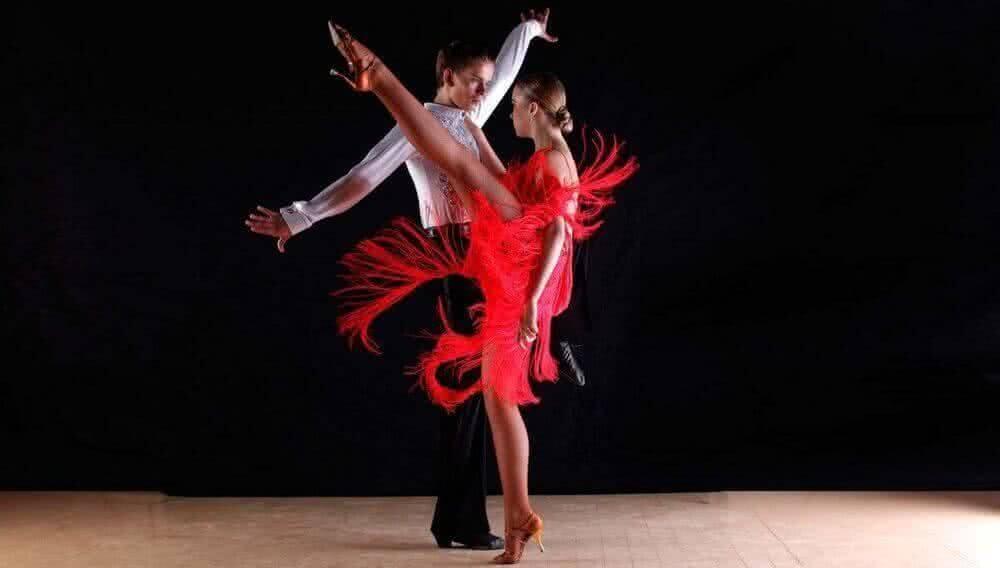 f82180d5018549b Как выбрать платье для латиноамериканских танцев?