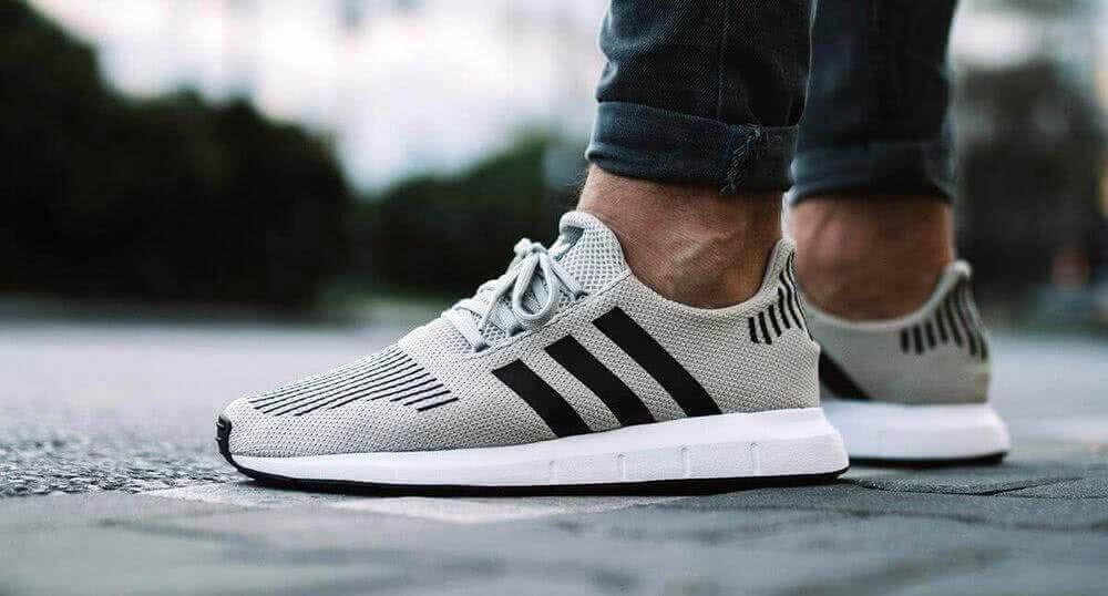 Как выбрать оригинальные кроссовки Nike и Adidas db8f36131d9