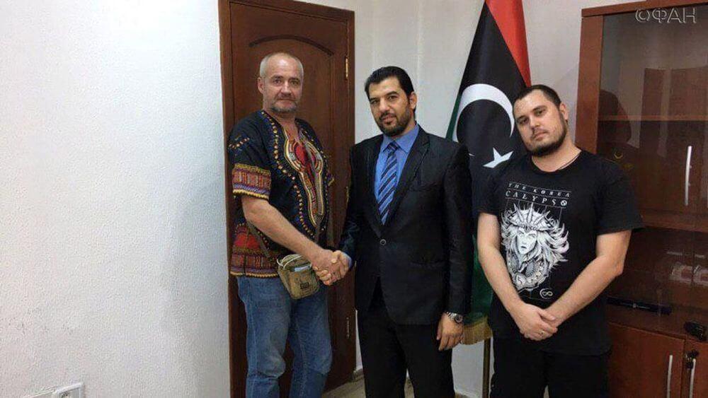 Журналисты ФАН получили официальное разрешение на работу в Ливии