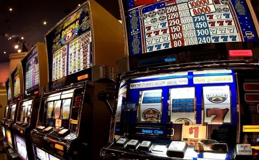 Slot machine normative