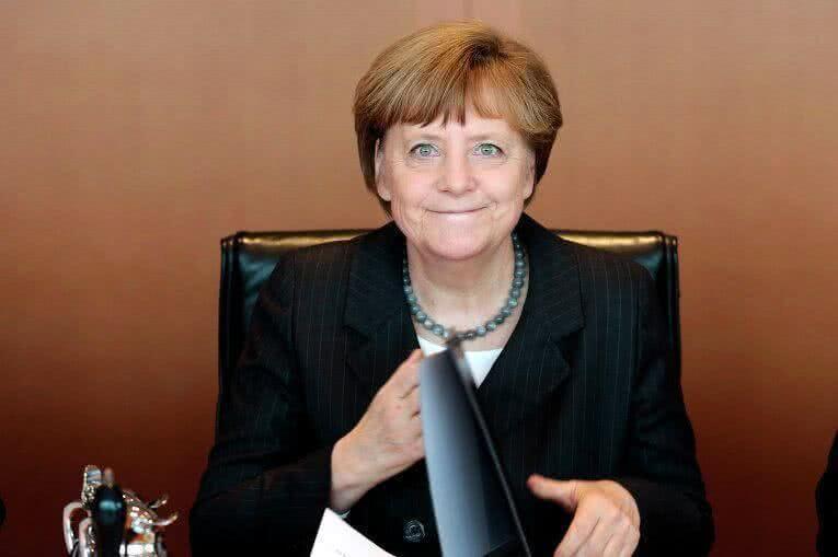 Меркель объявила орешении идти начетвертый срок