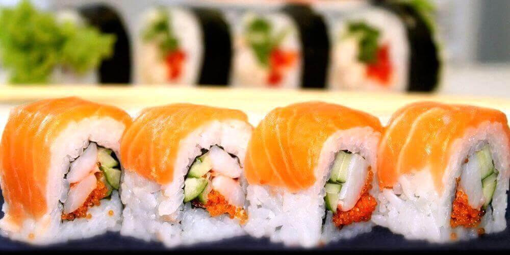 Особенности доставки суши